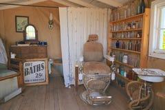 USA Arizona: Gammalt västra - Barber Shop /Interior Fotografering för Bildbyråer