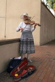USA, Arizona/Tempe: Street Musician with Traditional Fiddle Royalty Free Stock Photography