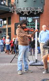 USA, Arizona: Violinist Oliver Blaylock Lizenzfreie Stockfotografie