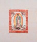 USA AZ/Tucson: Vår dam av Guadalupe - mosaik Arkivfoto