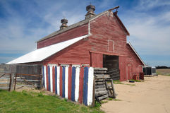 USA Barn. Historic Town old farming equipment and lumber house Royalty Free Stock Photos
