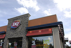 USA_dairy queen. Buckley/Washington stateFood bill paid nd returen usa dollar with food bought at D&Q or dairy Queen     17 May 2014  (Photo by Francis  Dean/ Royalty Free Stock Photography