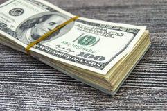 USA-Dollar, USA $ 100, alte und neue 100 Dollarbilder, große Dollarbilder in den verschiedenen Konzepten für Finanzierung und Vor Stockfotografie