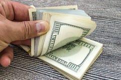 USA dollar, USA $ 100, gamla och nya 100 dollarbilder, stora dollarbilder i olika begrepp för finans och materielexchang Arkivfoto