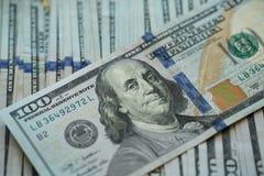 USA-Dollargeld USA-Dollargeld-Banknotenhintergrund Lizenzfreies Stockfoto