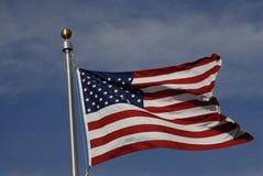 USA flaga PRZY PEŁNYM masztem Zdjęcie Stock