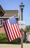- 21, 2017 Usa flaga przy San Diego Starym miasteczkiem SAN DIEGO, KALIFORNIA, KWIECIEŃ - Fotografia Royalty Free