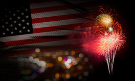 USA flaggabakgrund med fyrverkerit 4th av den Juli Independense dagnollan Royaltyfria Bilder