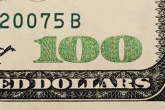 USA hundra dollarbest?ndsdelar, toppen makro, st?nger sig upp fotoet royaltyfri fotografi