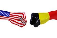 USA i Belgia flaga Pojęcie walka, biznesowa rywalizacja, konflikt lub wydarzenia sportowe, Zdjęcia Stock