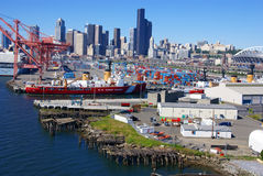 USA-kustbevakningskepp på Seattle strand Arkivfoto