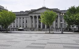 USA ministerstow skarbu państwa budynek z Albert Gallatin statuą od Waszyngtońskiego dystryktu kolumbii usa Fotografia Royalty Free