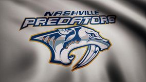 USA - NEW YORK, 12 Augusti 2018: Vinkande flagga med logo för hockeylag för Nashville rovdjurNHL Närbild av den vinkande flaggan  royaltyfri illustrationer