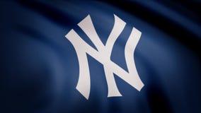 USA - NEW YORK, 12 Augusti 2018: Vinkande flagga med yrkesmässig laglogo för New York Yankees Närbild av den vinkande flaggan med stock illustrationer