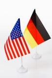 USA och Tysklandflagga Fotografering för Bildbyråer