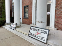 USA-Präsidentschaftswahl 2016, Wähler-Eingang, Rutherford, NJ Lizenzfreies Stockfoto