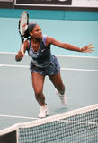 USA 's Serena Williams an geöffnetem GDF Suez stockfotografie