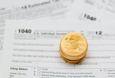 USA-skattdatalista 1040 för året 2012 Fotografering för Bildbyråer