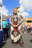 USA: Stolt liten vik-/Seminoleindier i ceremoniell kläder Royaltyfri Bild
