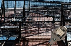USA stylu pożarniczej ucieczki odprowadzenie i schody widzieć na luksusowych intymnych mieszkaniach Fotografia Stock
