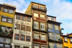 Usadas casas, Oporto, Portugal Foto de archivo