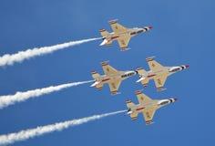 USAF Thunderbirds που πετά στο σχηματισμό Στοκ Εικόνα