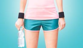 Usage de sport, femme avec de l'eau Photo libre de droits