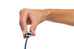 0 3 usb 0个插口在妇女的手上 库存图片