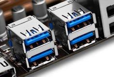 USB-haven op motherboard stock foto