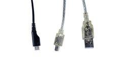 USB, kortkort-USB och mikro-USB kontaktdon som isoleras på vit Fotografering för Bildbyråer