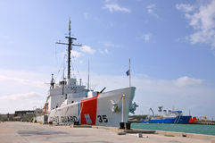 USCGC Ingham (WHEC-35) Royalty Free Stock Photos