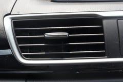 Uscita del condizionamento d'aria dell'automobile Fotografia Stock