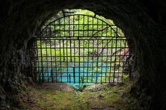 Uscita del tunnel della miniera con una vista Fotografia Stock Libera da Diritti