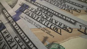 USD gotówkowy makro- widok zielenieje 100 dolarów gotówkę - zatrzymuje ruch animację USA Fiat pieniądze zdjęcie wideo