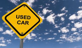 Used car. A traffic sign with the text 'used car' on a blue sky background Royalty Free Stock Photos