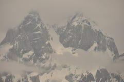 Ushba峰顶在高加索山脉 图库摄影