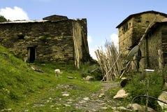 Ushguli by av Svaneti i Georgia Arkivbild