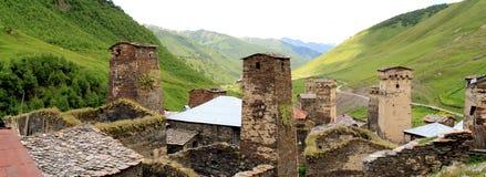 Ushguli, il più alto villaggio in Europa fotografia stock
