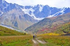 Ushguli-Shkhara trek, Svaneti Georgië royalty-vrije stock fotografie
