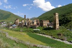 Ushguli wysoka górska wioska w Europa, Svaneti, Gruzja obrazy royalty free