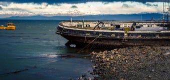 Ushuaia del barco rastreador del abandono Fotos de archivo libres de regalías