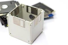 Usi creativi per il floppy disk obsoleto immagini stock