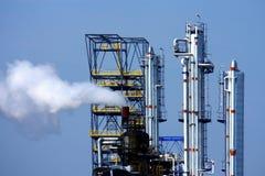 usine chimique de cheminées Photos libres de droits