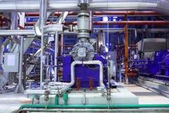 Usine chimique L'intérieur de la raffinerie Photo stock