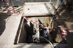 Usine d'approvisionnement en eau de secours pour le débouché de bouche d'incendie Images libres de droits