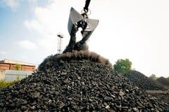 Usine de charbon dans un jour très chaud Image libre de droits