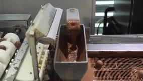 Usine de chocolat banque de vidéos