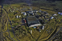 Usine de fibres de verre dans Valmiera Images stock