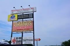 Usine de fondant d'Uranus et épicerie générale photo libre de droits