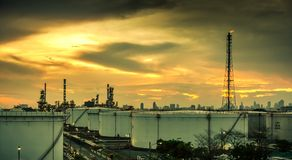 Usine de produit chimique et de pétrole Photo stock